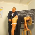 MaisieTaylor - Spanking
